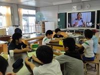 テレビ電話で出前授業(理科クラブ)